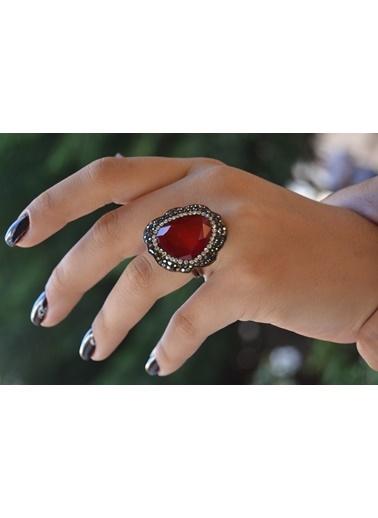 Stoneage El Yapımı Kırmızı Kristal Ayarlanan Yüzük Renkli